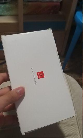S9+手機套同埋手機mon貼