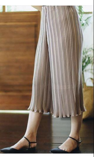 Laurentia Kulot Pleated by Mille
