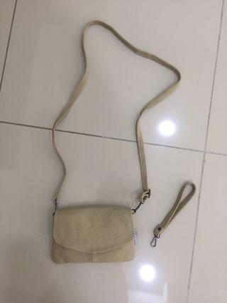 Kaison sling bag/wristlet