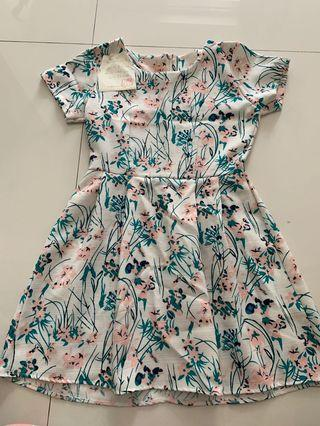 Casual baby-doll dress (printed)