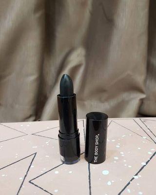 The body shop new colour crush lipstick 910 milan pansy 3.3g