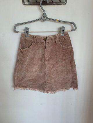 🚚 Pink velvet textured skirt