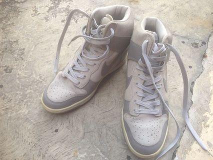 Sneaker Nike Sky Hi Dump originall