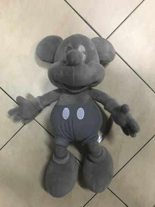 Limited edition 90 years anniversary mickey mouse