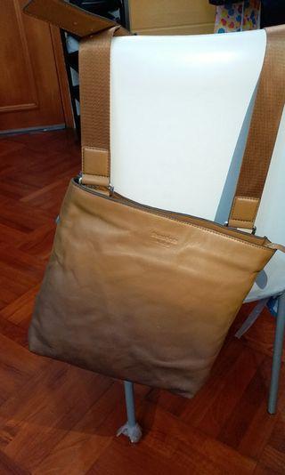 Cross body (leather)