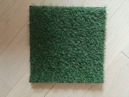 Artificial grass tiles 30x30 cm, altogether 9 tiles
