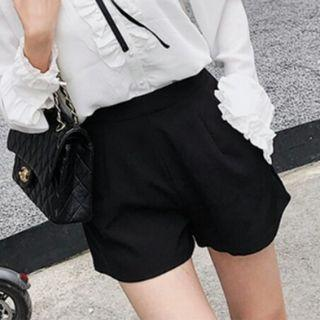 Korean Black High Waist Shorts Pants With Functional Side Pockets
