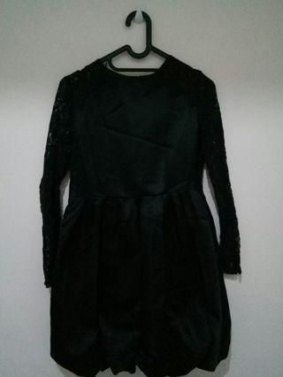 Dress Hitam brokat