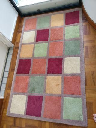🚚 Wool rug 100%