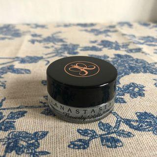 Dipbrow pomade : medium brown
