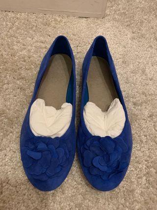 99%新真皮clarks平底舒適鞋