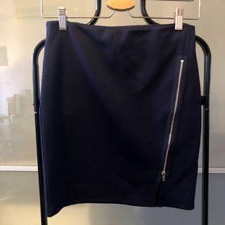 🚚 monki 深藍鬆緊帶短裙