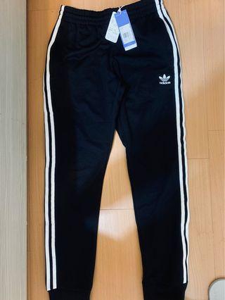 🚚 Adidas 三葉草長褲