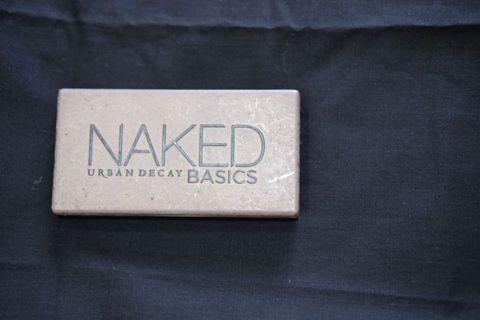 Urban Decay Naked Basic Eyeshadow Palette #SOCIOLLACAROUSELL