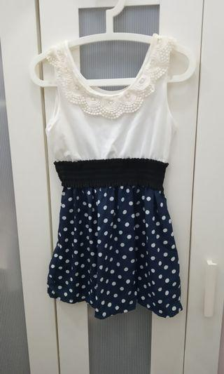 White and polka dots flowy top