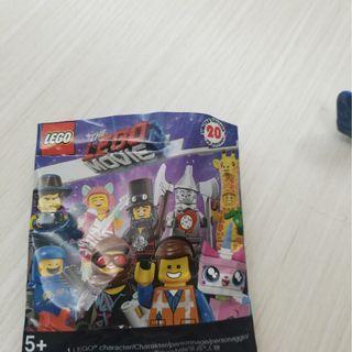 The Lego Movie 2 Emmet No.1 and No.14 Rex