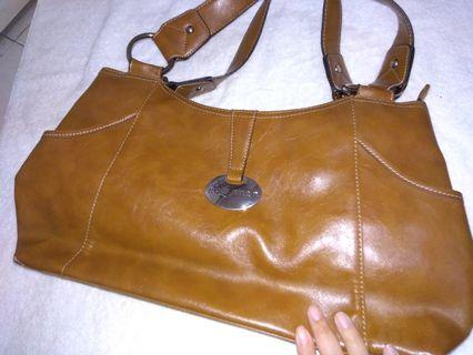 Tas bag nine west