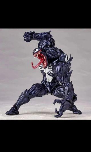 🚚 Venom Figurine