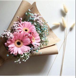 🚚 Daisy flower bouquet