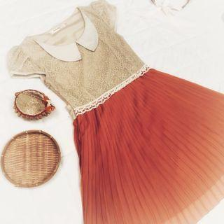 🚚 Beige Orange Pleated Lace Retro Dress