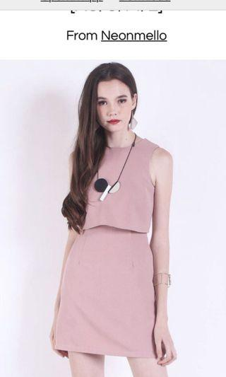 Maville Cropped Tier Work Dress in Dust Pink