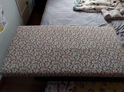 Baby cot mattress extra large with bed sheet included