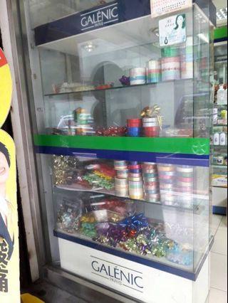 [二手]限自取 玻璃精品展示櫃