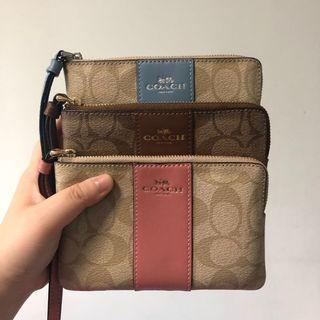 (Sales) Authentic Coach Wristlet Clutch Wallet Sling Bag