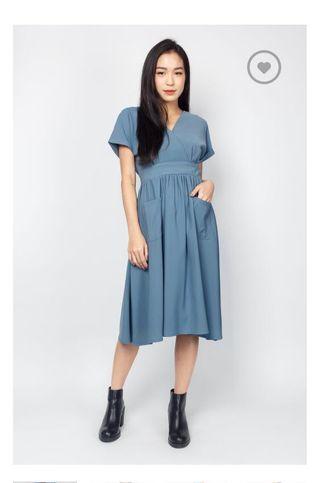 🚚 Kayla Dress in Dusty Blue