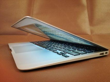 Macbook air 2013 model