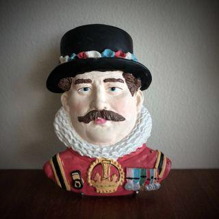 Beefeater Plaque by Cuggly Wugglies Collection