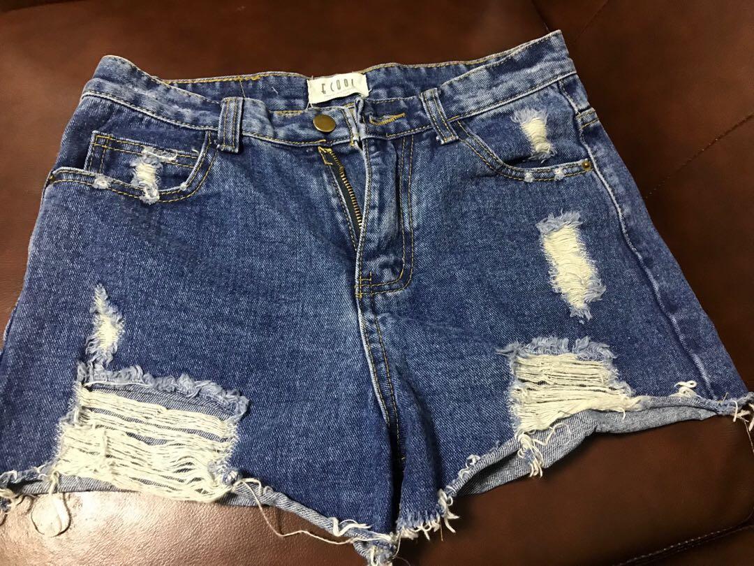 型格短牛仔短褲