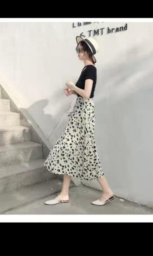 印花乳白色長裙