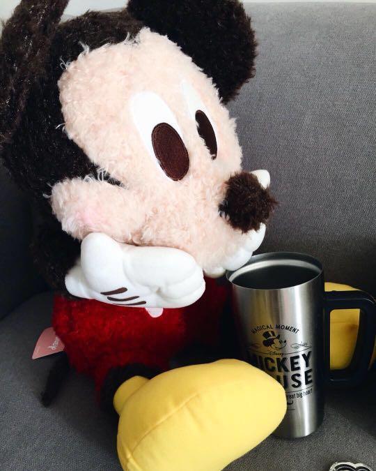 ❤️ Disney Mickey Mouse - Mega Jumbo Red Cheek Fluffy Plushy ❤️