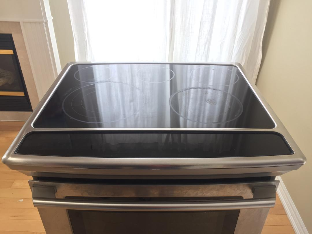 """Electrolux 30"""" Slide In Range Ware- Touch Controls"""