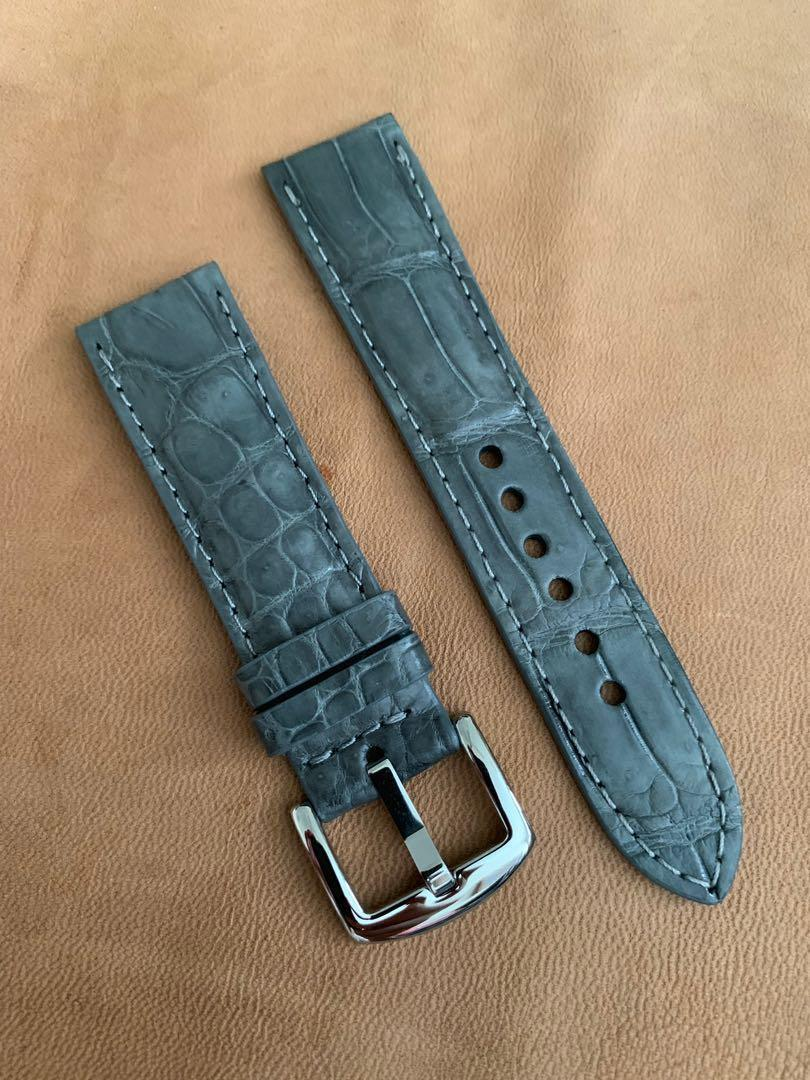 Grey Crocodile Alligator Watch Strap 'special ridges' 22mm@lug/20mm@buckle #MRTHougang #MRTSerangoon #MRTSengkang #MRTPunggol #MRTRaffles  #MRTBedok #MRTTampines #MRTCCK #MRTJurongEast #MRTYishun