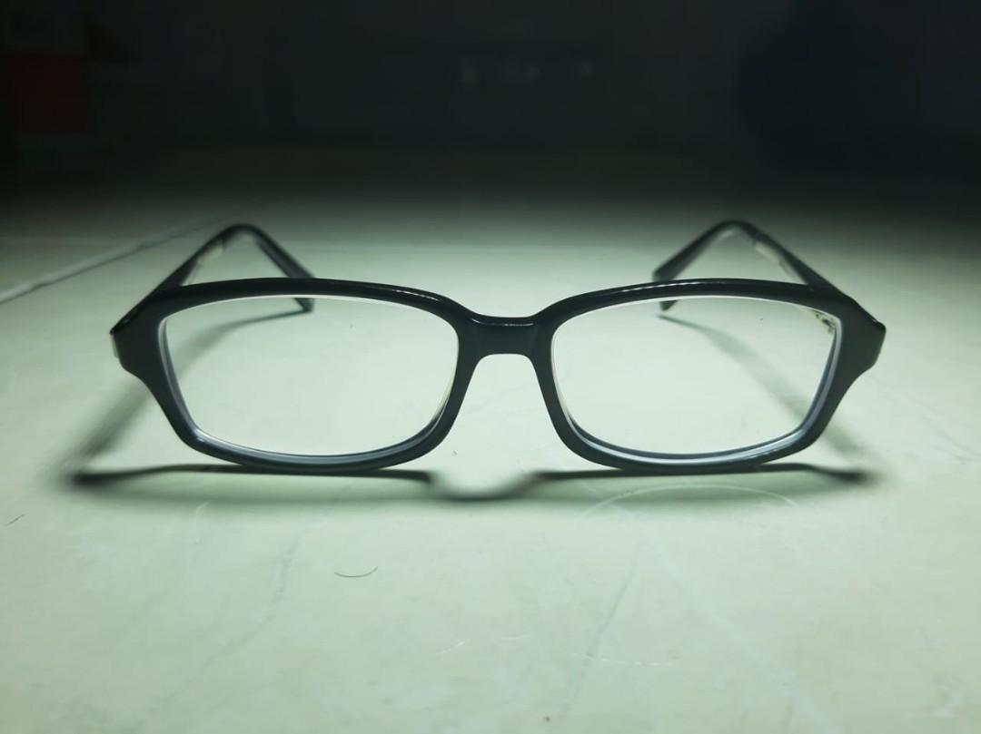 Kacamata Montblanc