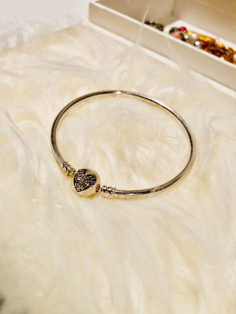 "Limited Edition Bangle ""YOU MELT MY HEART"""