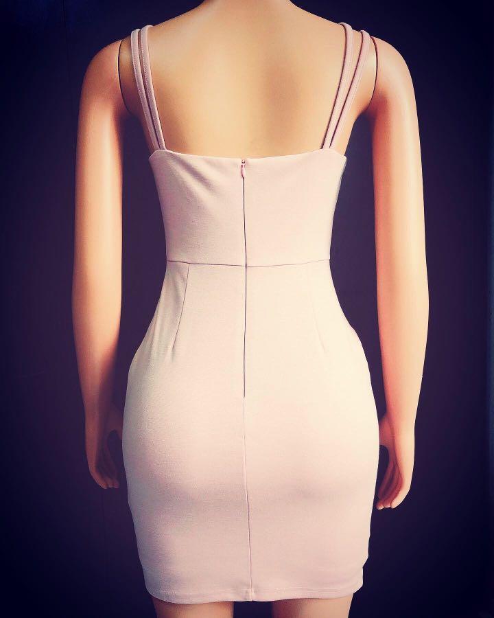 LOVE BONITO bodycon dress nude colour ❤️