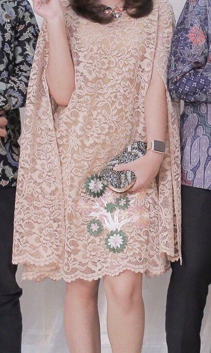 Luire by raden sirait lace brukat kaftan dress