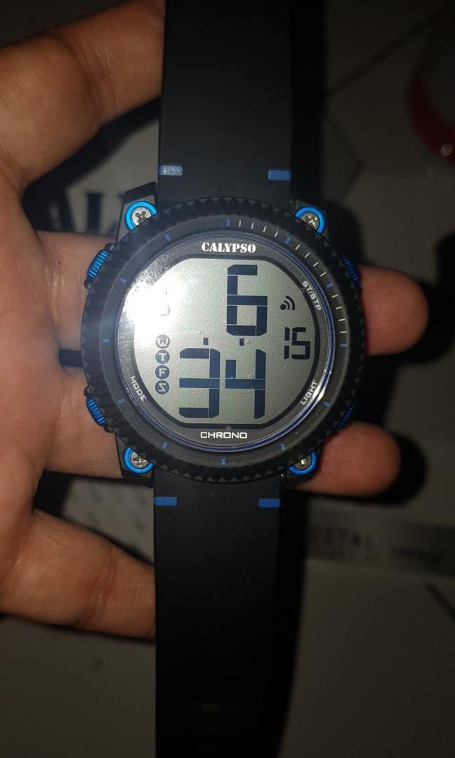 Mens watch digital, barang original full box lengkap dan masih garansi watch studio
