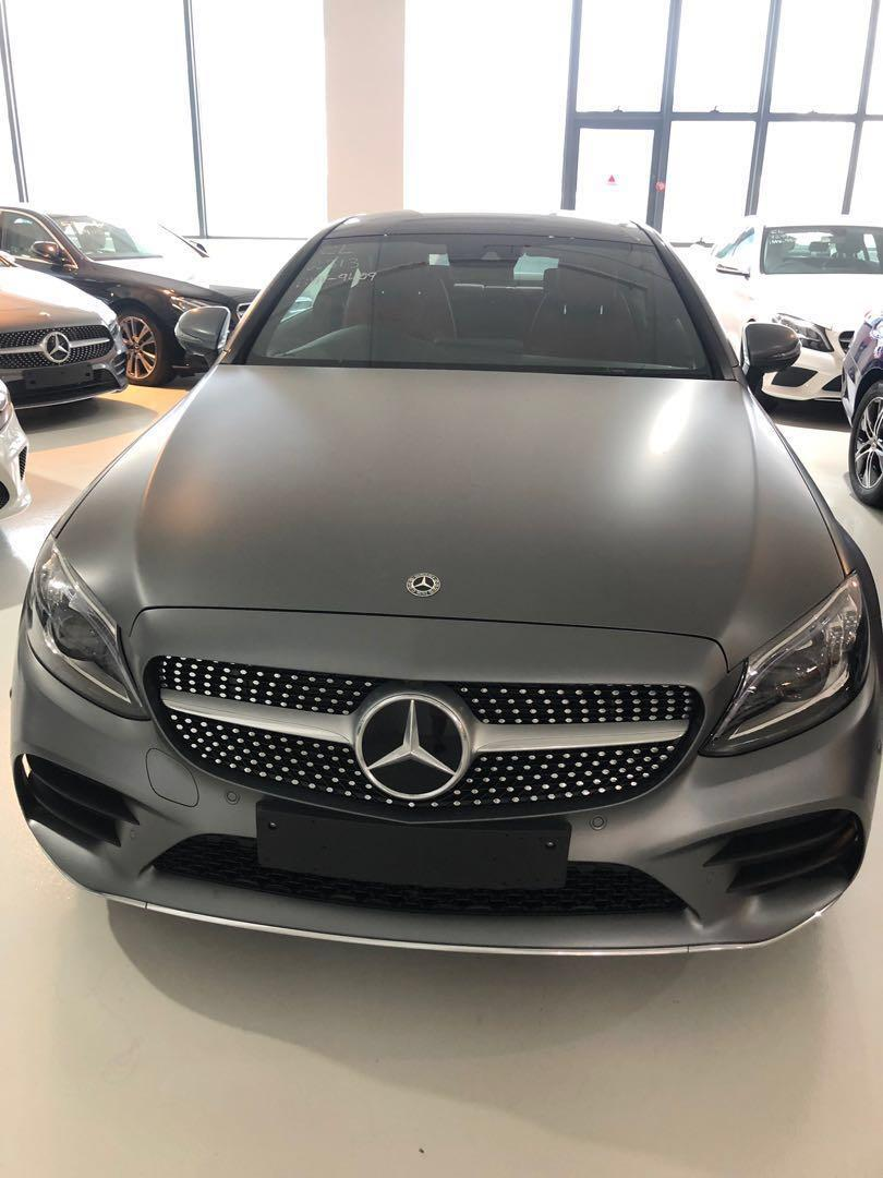 Mercedes Benz C200 Coupe 2.0 AMG line New Facelift