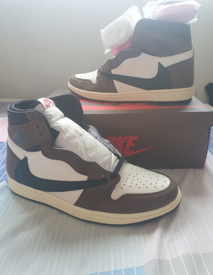 newest 55efd 084ee Nike x Travis Scott Air Jordan 1