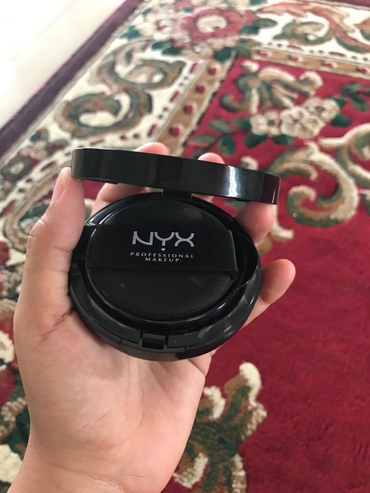 NYX Total Control Mesh Cushion foundation