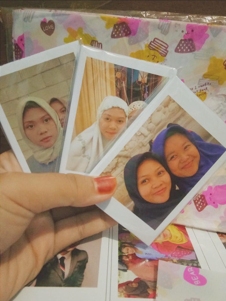 Polaroid 25 foto = 15k