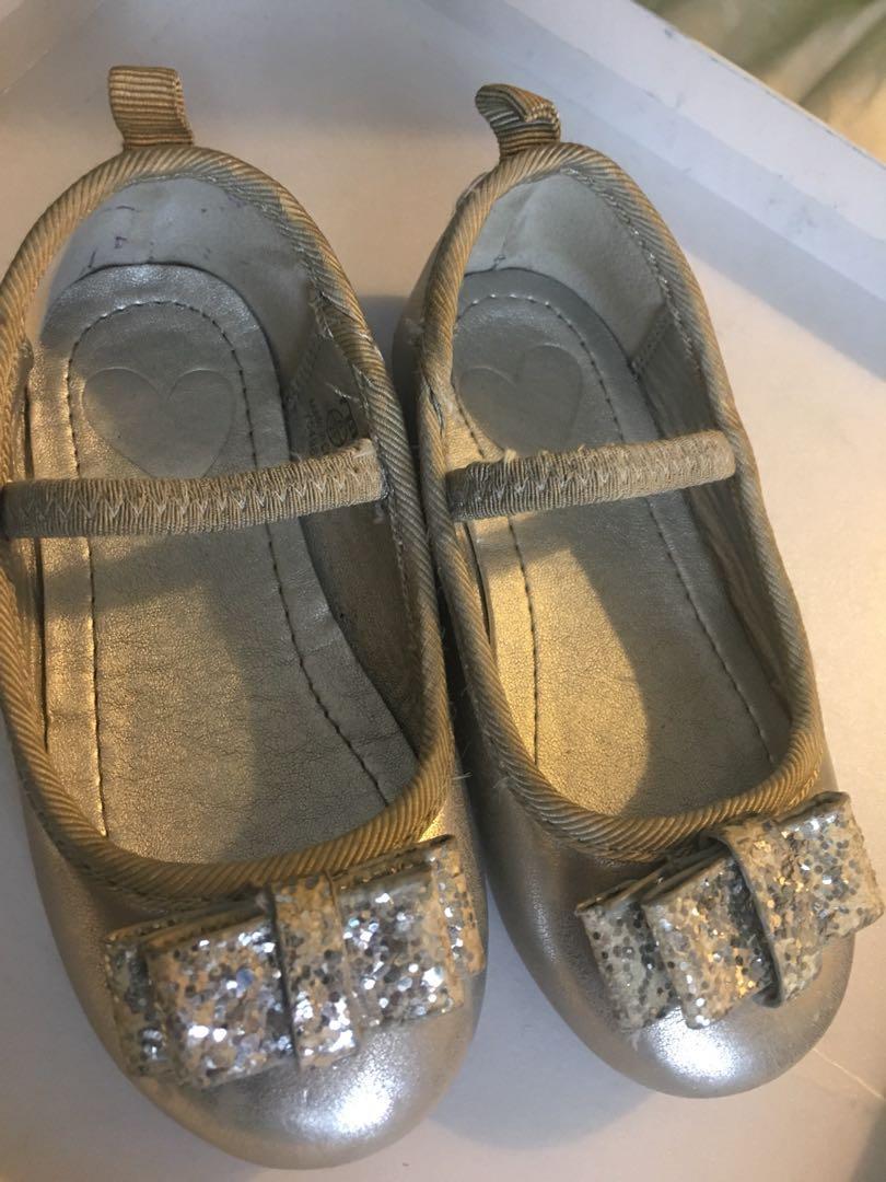 Sepatu anak Mother care size 6 UK or 23 eur