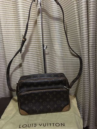 20de325a1 preloved bags lv   Luxury   Carousell Philippines
