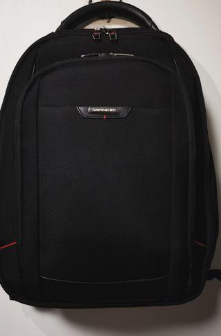 🚚 Samsonite backpack