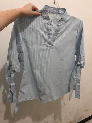Blouse garis biru office wear size M