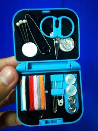 (Handy!) Enroute Cerulean Sewing Kit (palm-sized)